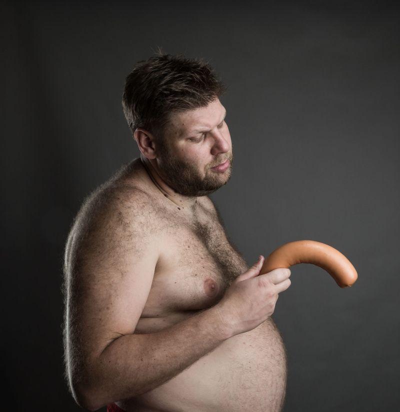 de ce unele penisuri sunt strâmbe cu o prostată mărită, o erecție