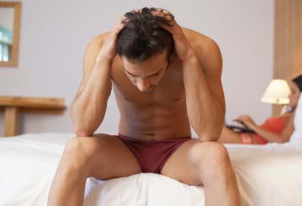 cele mai bune poziții pentru bărbații cu penis mic să aibă o erecție a penisului