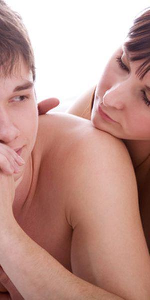 partenerul are o erecție permanentă