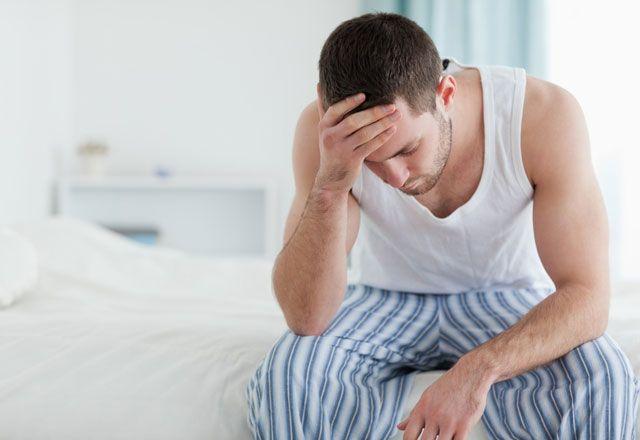 explicatie: de ce testiculele ies din scrot si intra spre abdomen?