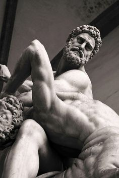 sculptură penis